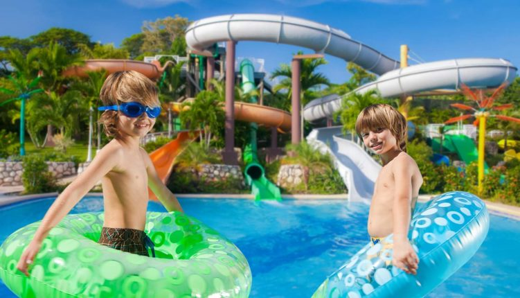 Water Parks near Duquesa